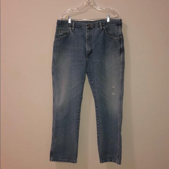 bd700ff8 🌿Sale! WRANGLER Men's Authentic blue Jean. M_5bf3da95df0307bc186464cc